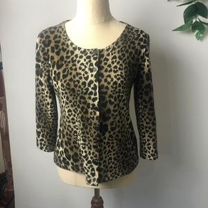 Caroline Morgan Size Medium Cheetah Style Top